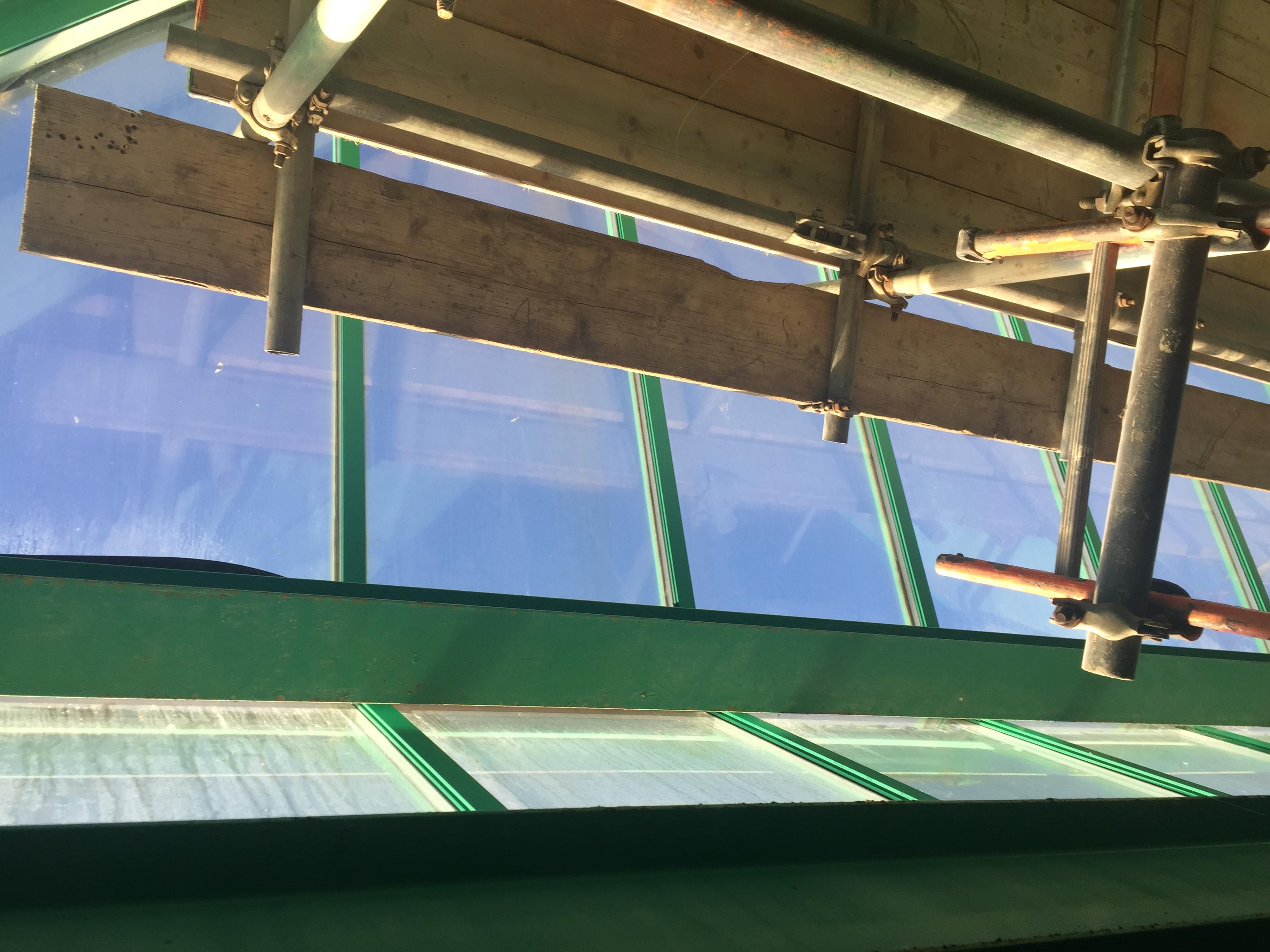 aluminium window spraying