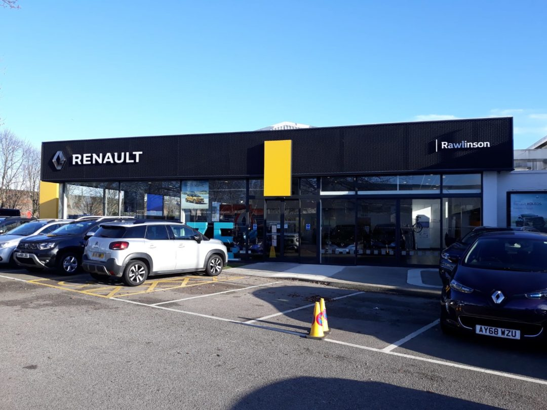Car Showroom Spraying, Renault
